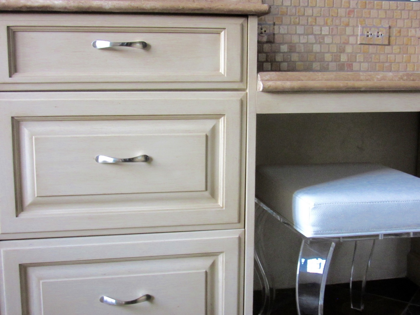 Bath Vanity Cabinet Recolor